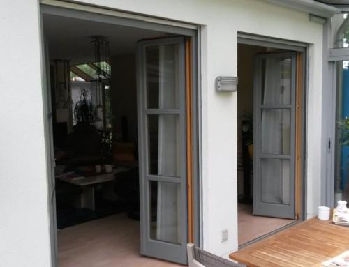 Fenster in Grau lackieren