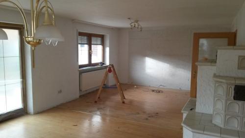 Decken und Wände weiß streichen - Malermeister Kölling