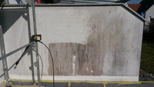Fassade reinigen und grundieren